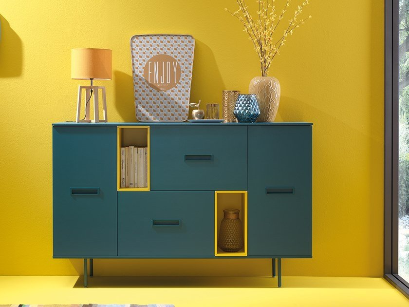 Lacquered sideboard with hinged doors and drawers LV201 | Sideboard by Moretti Compact