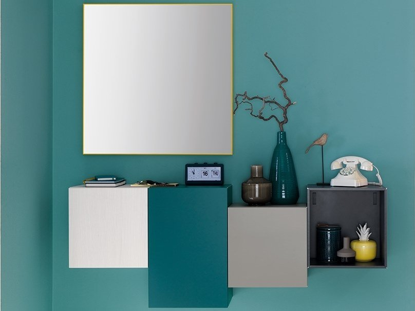 Lacquered wall-mounted hallway unit LV207 | Hallway unit by Moretti Compact