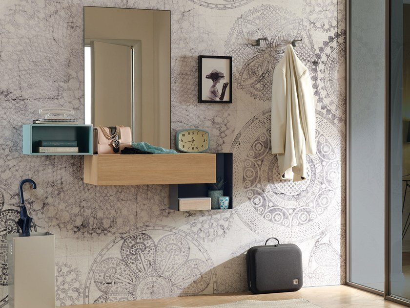 Wall-mounted hallway unit LV208 | Hallway unit by Moretti Compact