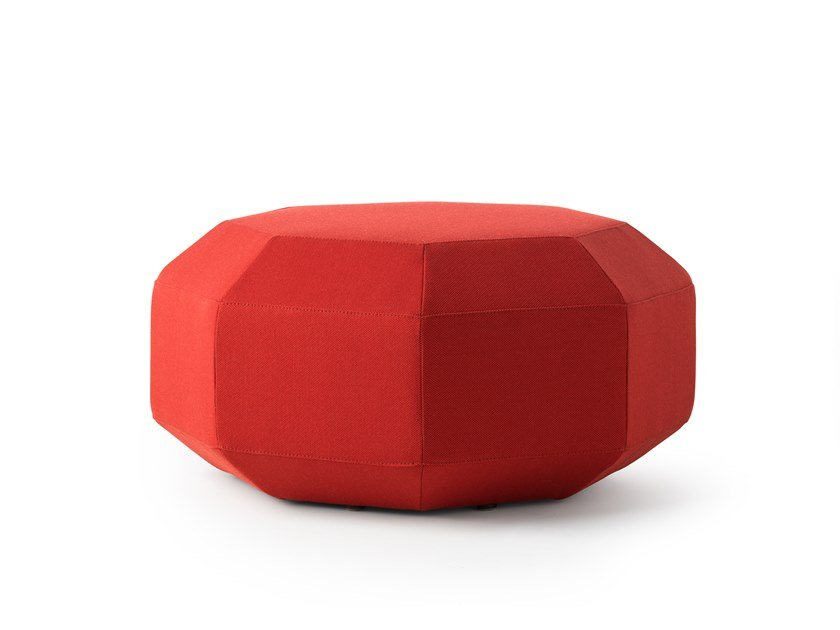 Fabric pouf / coffee table LX642 | Fabric pouf by LEOLUX LX