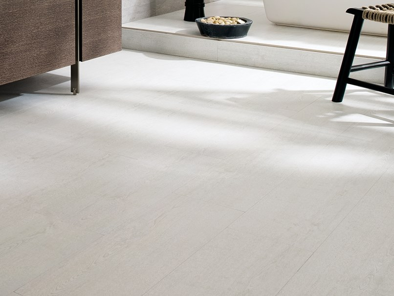 Wall/floor tiles with stone effect MADAGASCAR NATURAL by Venis