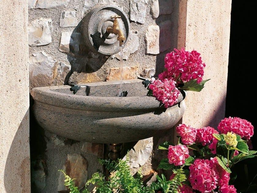 Stone Drinking fountain MADEIRA by Unopiù