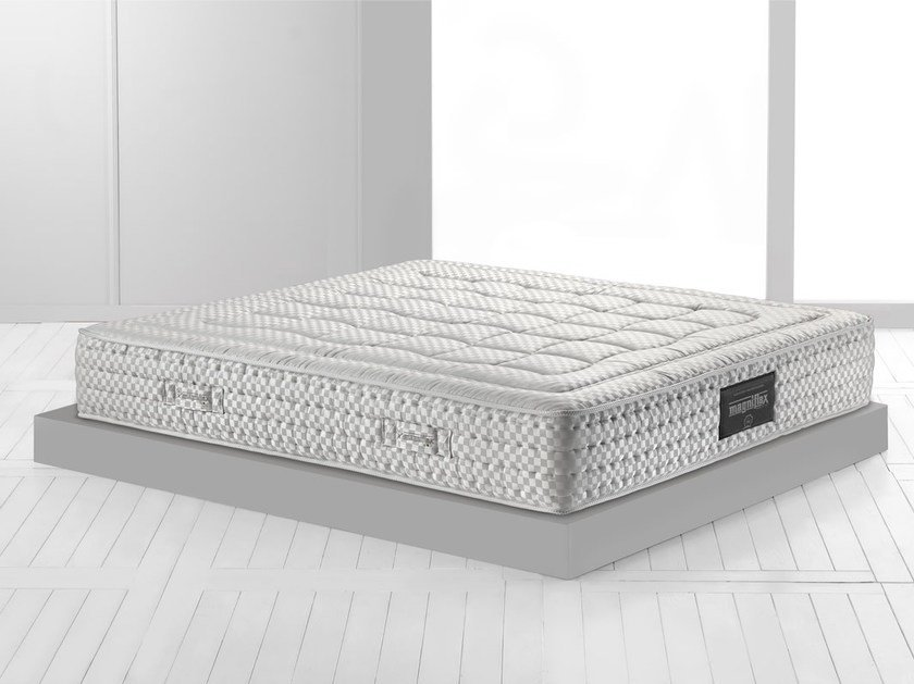 Thermoregulator breathable mattress MAESTRO SPRING 600 by Magniflex