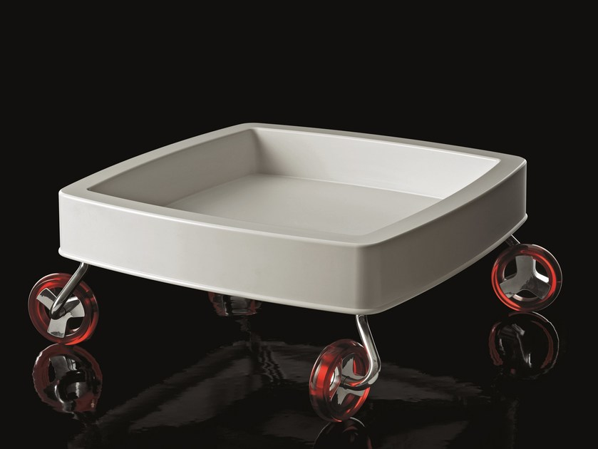 Low ABS coffee table with casters MAGIS WAGON by Magis