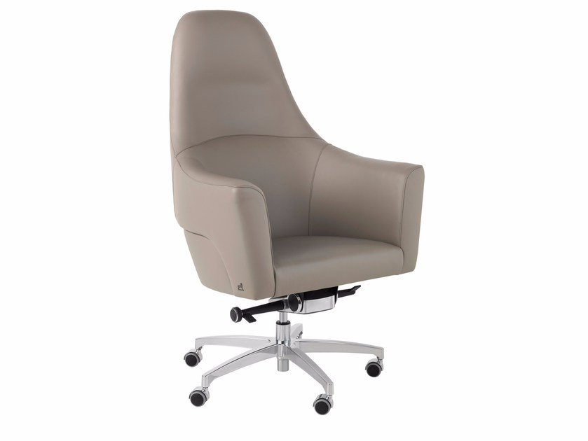 Executive chair with 5-spoke base with casters MAGNUM by Smania