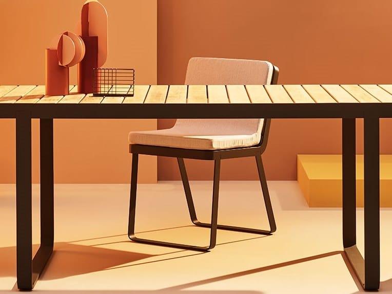 Sedia da giardino in acciaio inox e legno MAKEMAKE | Sedia da giardino by Terraforma