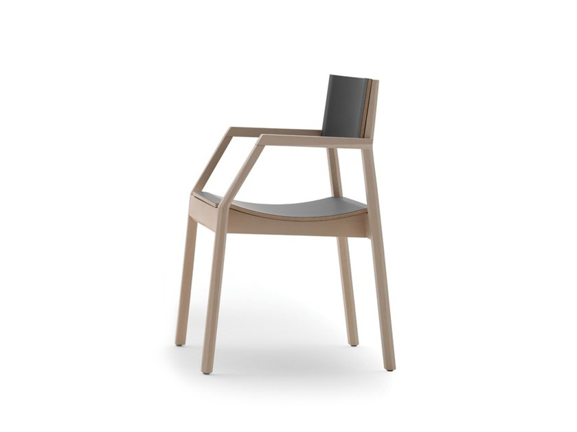 Stackable chair with armrests MAKI 03725 by Montbel