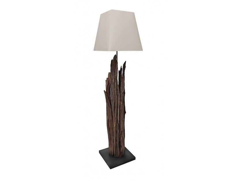 Wooden floor lamp MAORI | Floor lamp by Flam & Luce