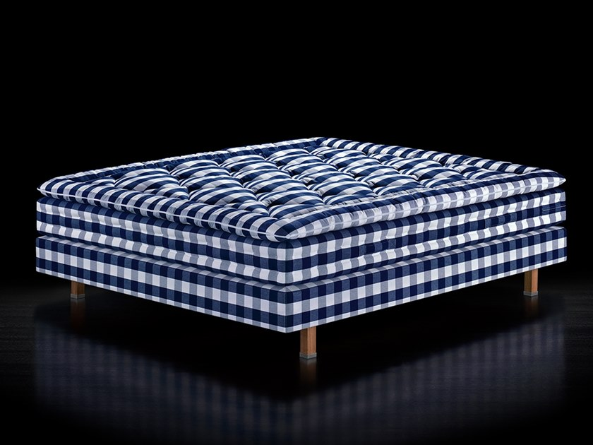 Fabric double bed MARANGA by Hästens