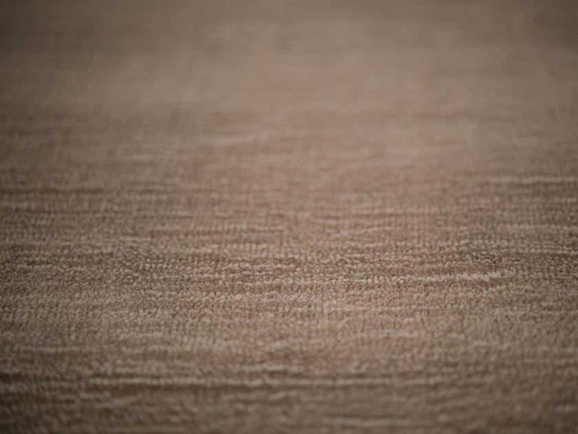 Solid-color carpeting MAREA by Warli