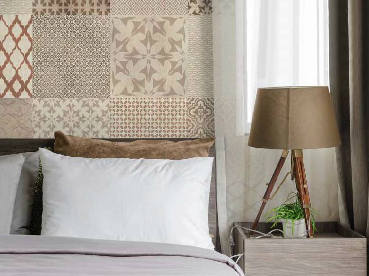 Motif non-woven paper wallpaper MARGINAL by LGD01