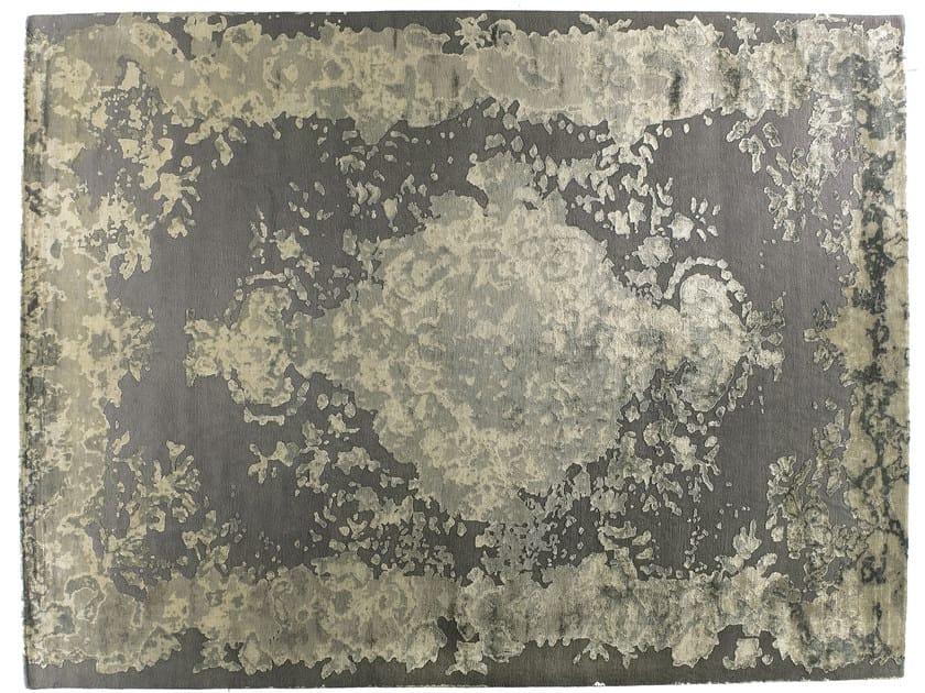 Patterned handmade rectangular rug MARIE ANTOINETTE AGATA by Golran