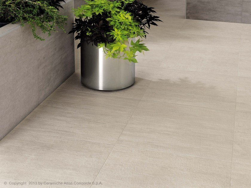 Porcelain Stoneware Outdoor Floor Tiles With Stone Effect Mark