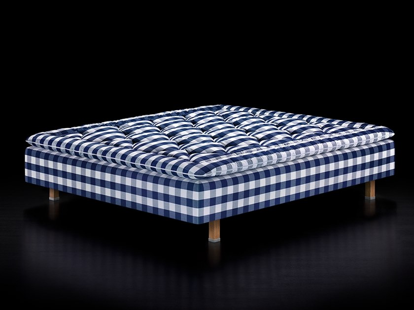 Fabric double bed MARQUIS by Hästens