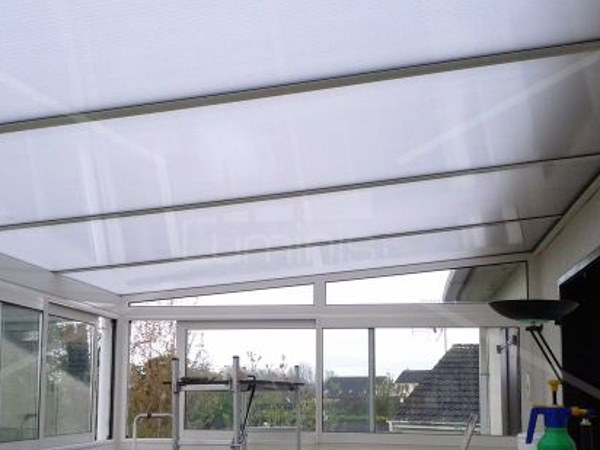 Adhesive dimming window film MASTER-100i by Luminis Films