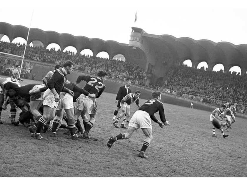 Stampa fotografica RUGBY MATCH FRANCE - NEW ZELAND 1951 by Artphotolimited