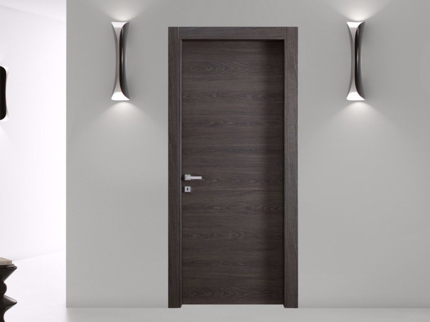 Hinged door with concealed hinges MATERIK by Bertolotto Porte