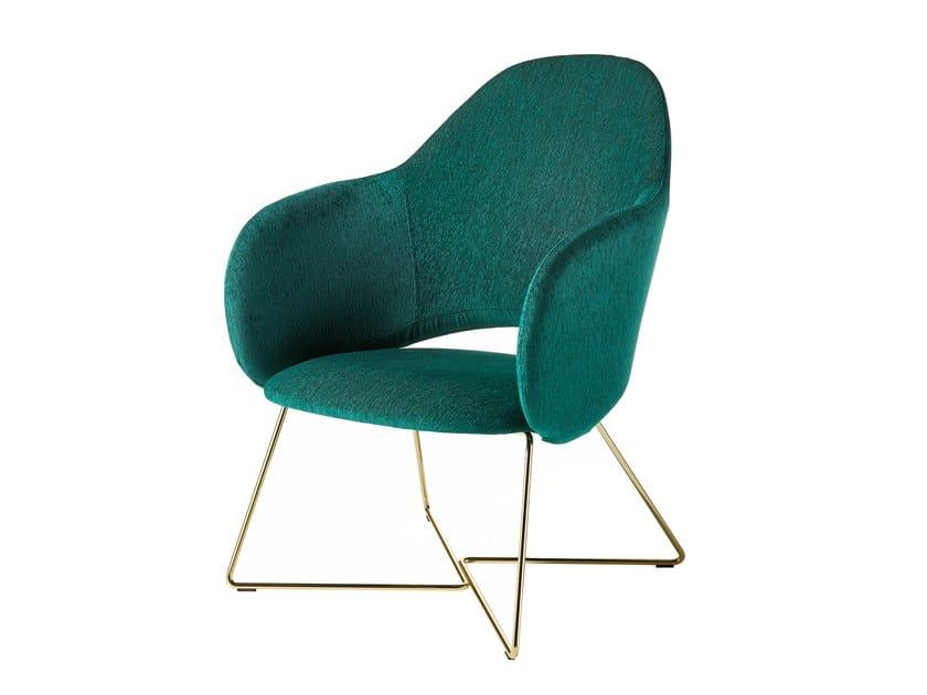 Sled base armchair MAUI LOUNGE PLUS | Sled base armchair by Albaplus