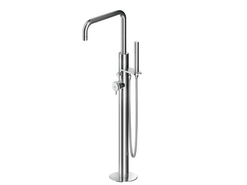 Mitigeur de baignoire en acier inoxydable avec douchette à fixation au sol ER519 | Mitigeur de baignoire by MGS