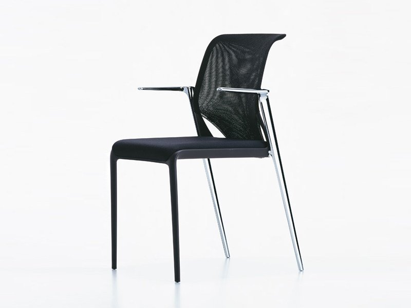 Mesh training chair with armrests MEDASLIM | Chair with armrests by Vitra