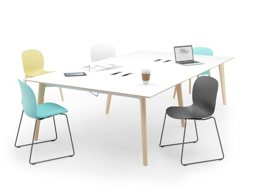 Rectangular meeting table TUNDRA | Meeting table by FURNIKO