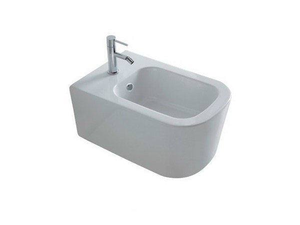 Wall-hung ceramic bidet MEG11 | Ceramic bidet by GALASSIA