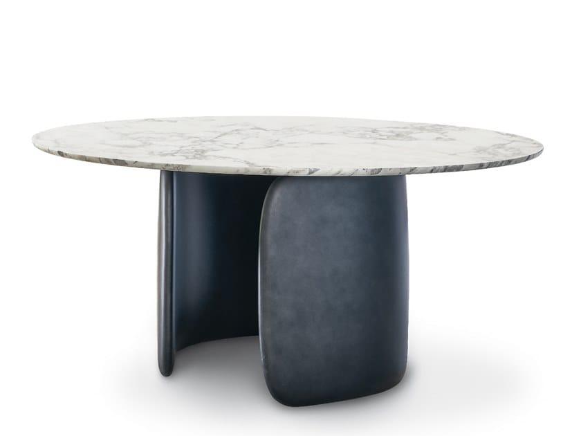 Tavolo rotondo con base in poliuretano MELLOW | Tavolo rotondo by Bonaldo