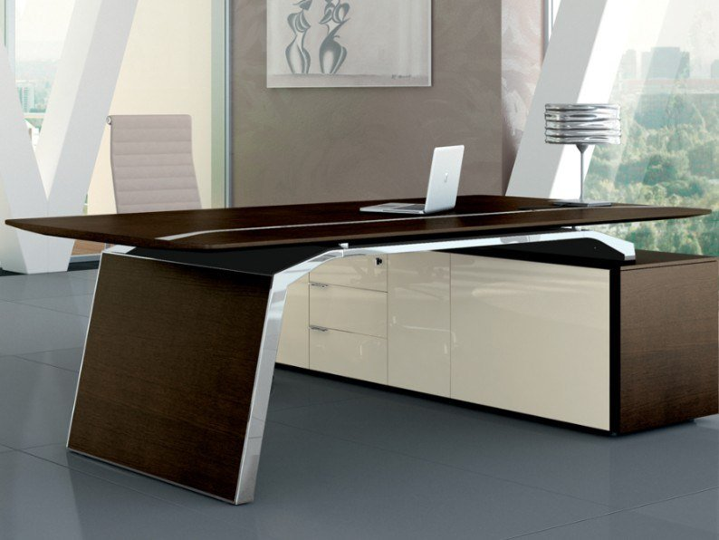 Lacquered office desk with cable management METAR   Office desk by Bralco
