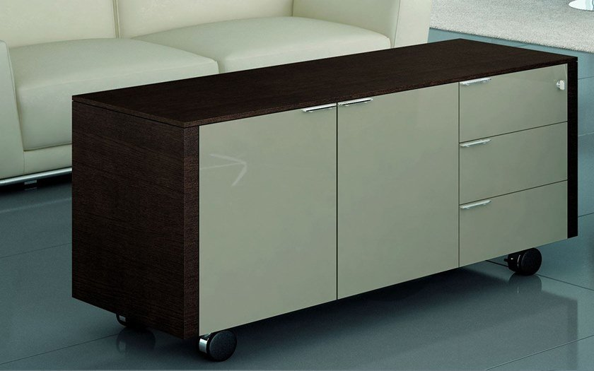 Lacquered oak office storage unit METAR | Office storage unit with casters by Bralco