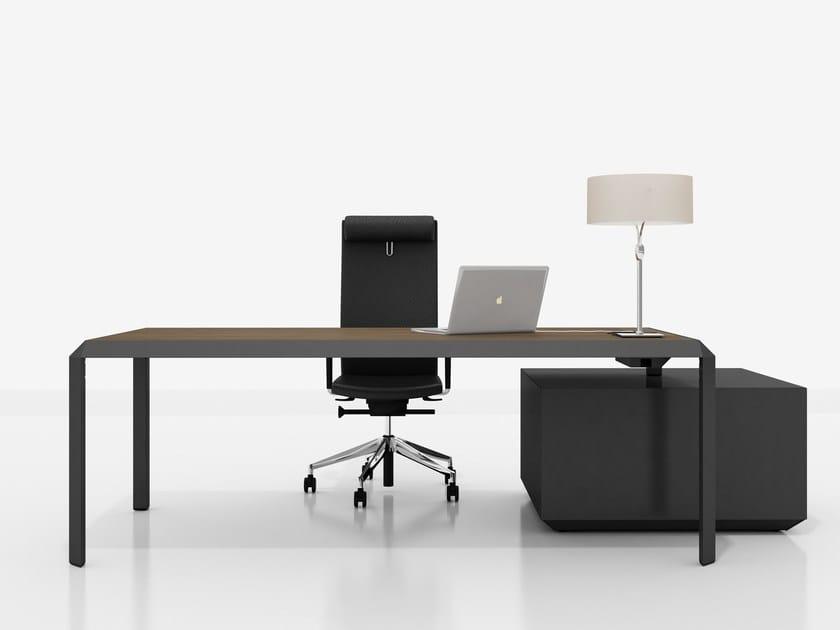 Executive desk with shelves METIS | Executive desk by Tuna Ofis