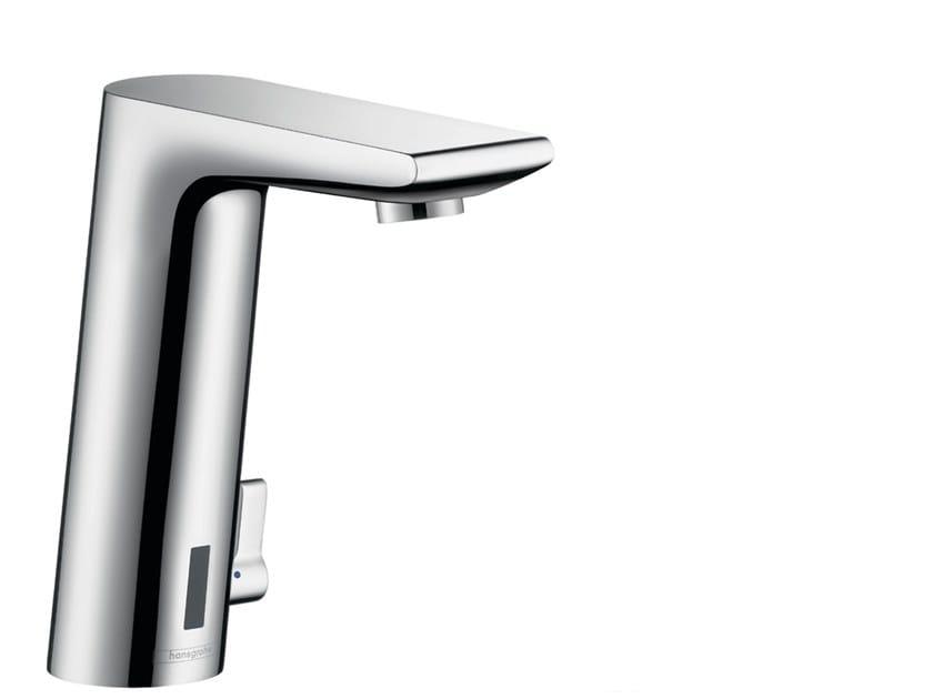 Miscelatore per lavabo a infrarossi da piano METRIS S | Miscelatore per lavabo a infrarossi by hansgrohe