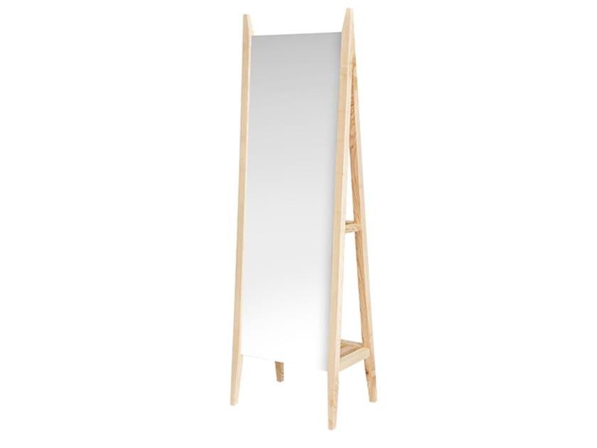 Freestanding rectangular solid wood mirror MEU by Conceito Casa