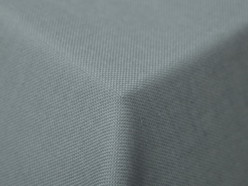 Solid-color fire retardant fabric for curtains MEYER by Equipo DRT