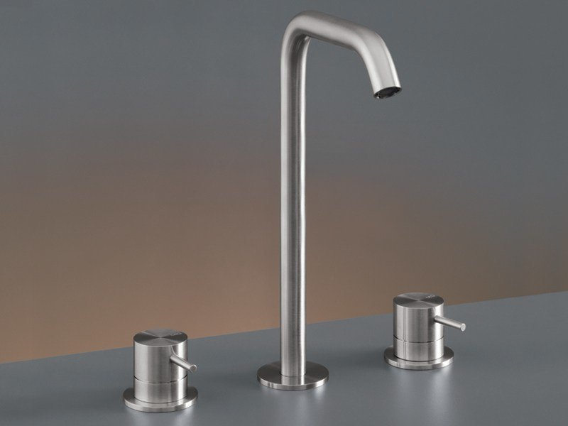 Three-hole mixer with swivelling spout MIL 79 by Ceadesign