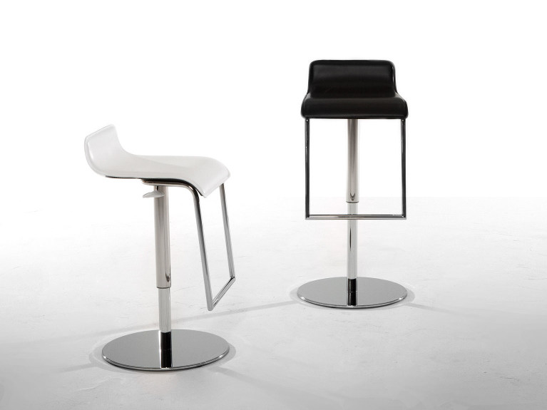 Upholstered leather stool with footrest MILANO by Tonin Casa