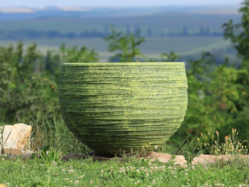Terracotta garden vase MILOS by Domani