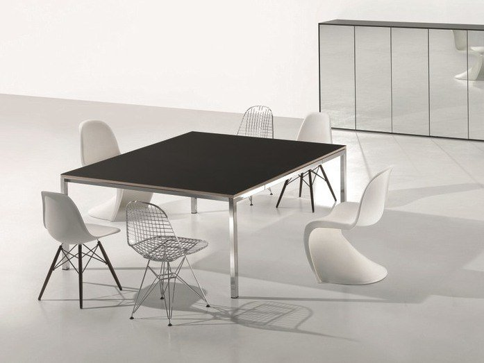 Square meeting table MINIMUM | Square meeting table by Ultom