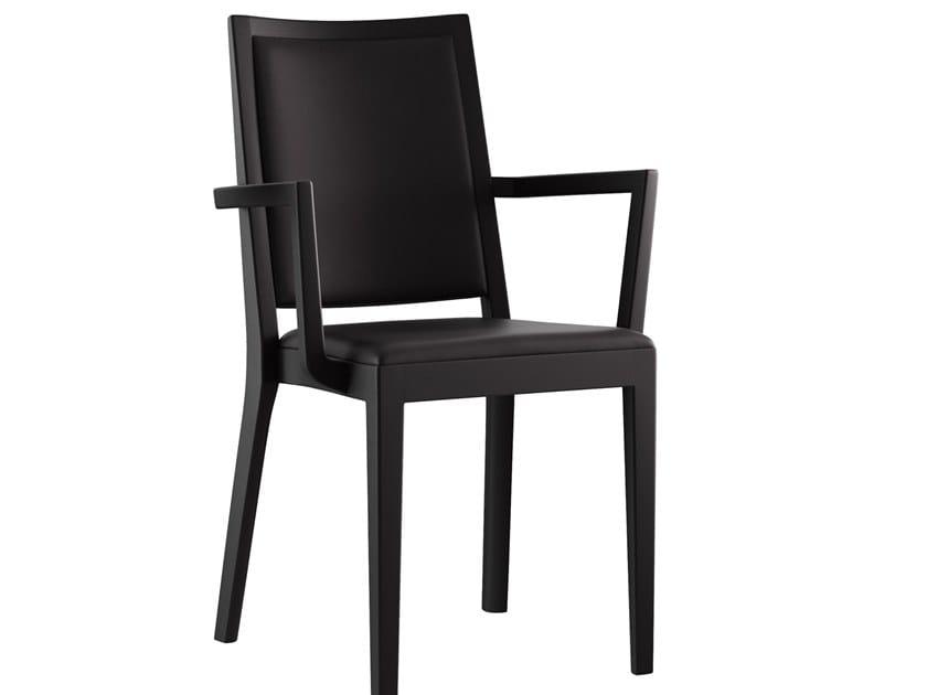 Sedia impilabile in legno massello con braccioli MIRO MONTREAUX | Sedia con braccioli by horgenglarus