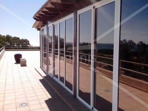 Adhesive solar control window film MIROIR-210x by Luminis Films