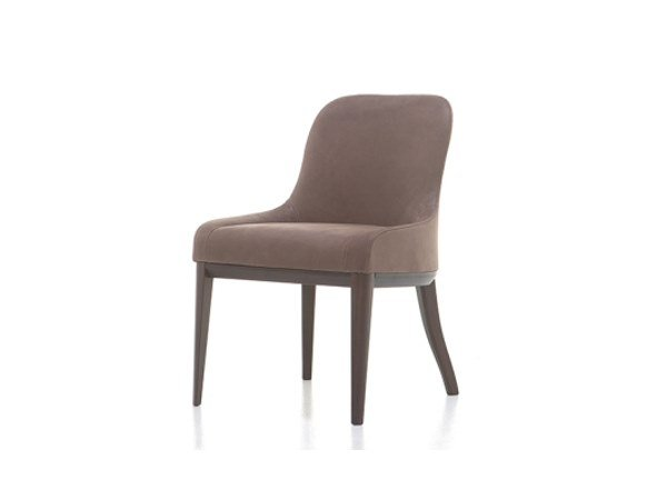 Upholstered leather easy chair MISSY | Leather easy chair by Cizeta L'Abbate