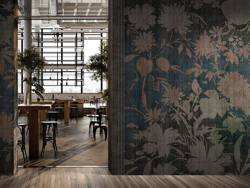 Wallpaper with floral pattern MISTRAL by GLAMORA
