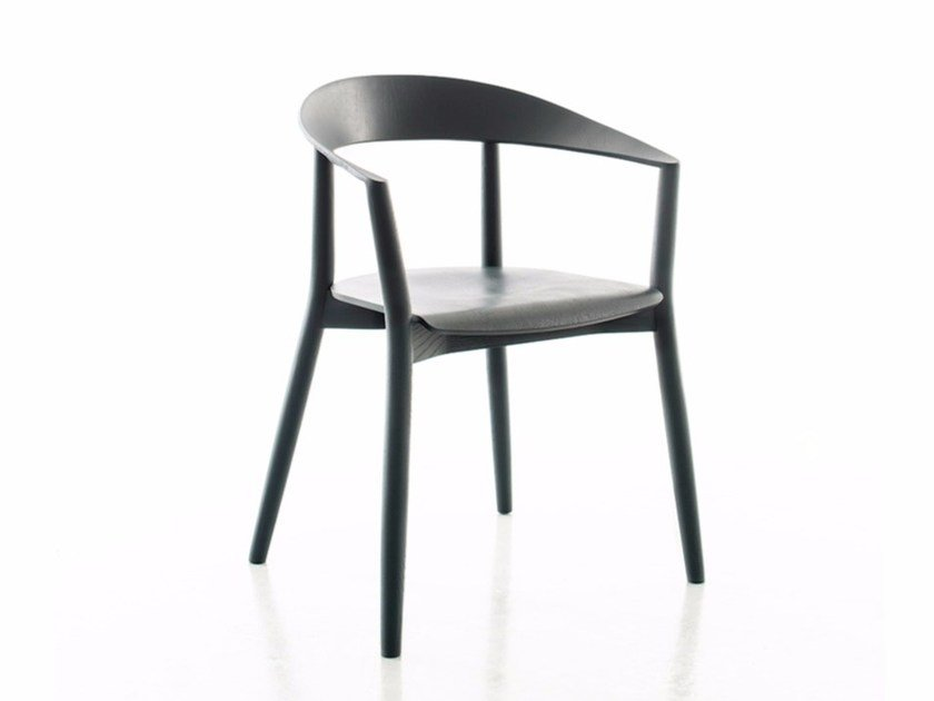 Lacquered solid wood chair with armrests MITO | Lacquered chair by conmoto