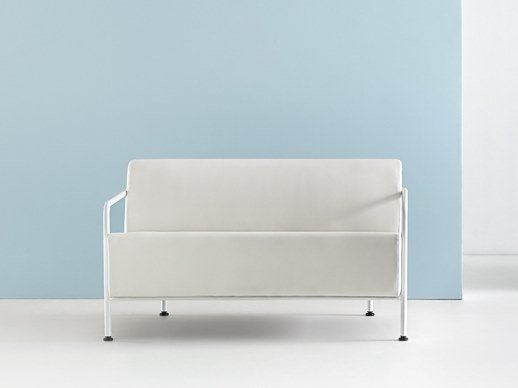 Leather small sofa MOMMO MO2PB | Leather small sofa by delaoliva