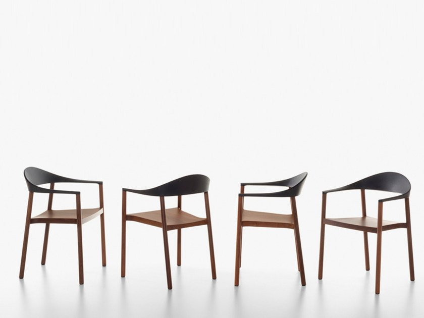 Stackable walnut chair MONZA | Walnut chair by Plank