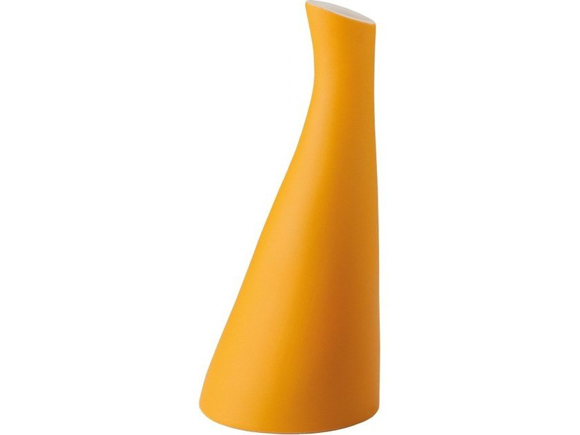 Ceramic vase MOOVE by Flam & Luce