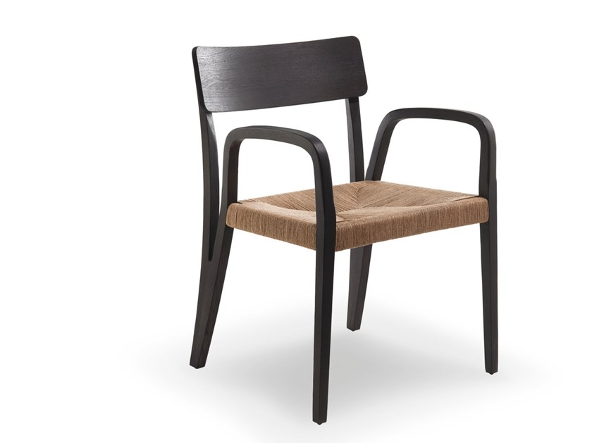 Armchair with armrests MORAAR | Armchair with armrests by Passoni