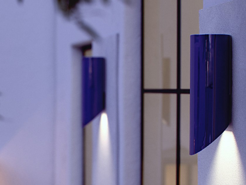 Indirect light porcelain wall lamp MOSO UP OR DOWN by ROYAL BOTANIA