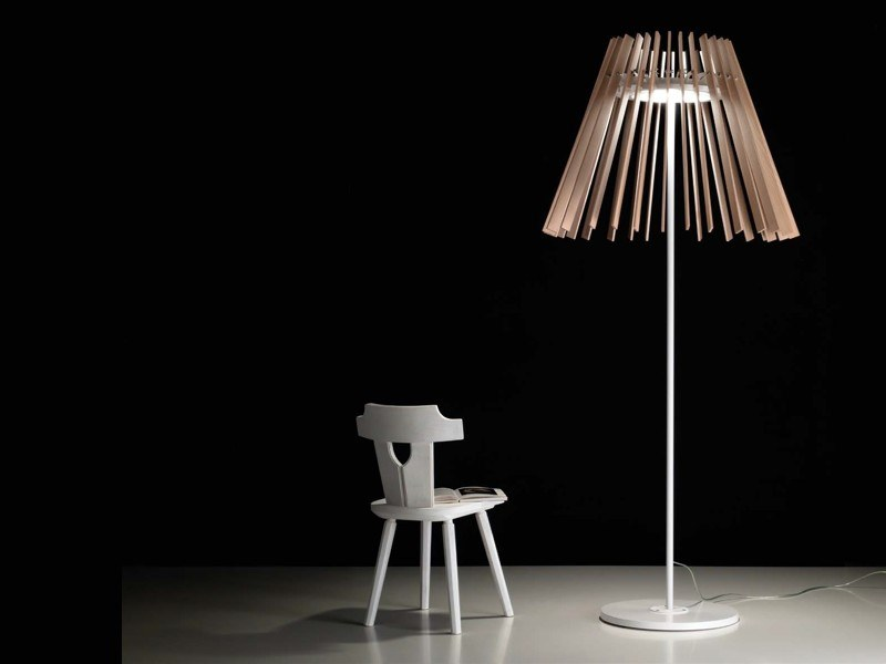 LED ash floor lamp MOVES   Floor lamp by NOIDESIGN