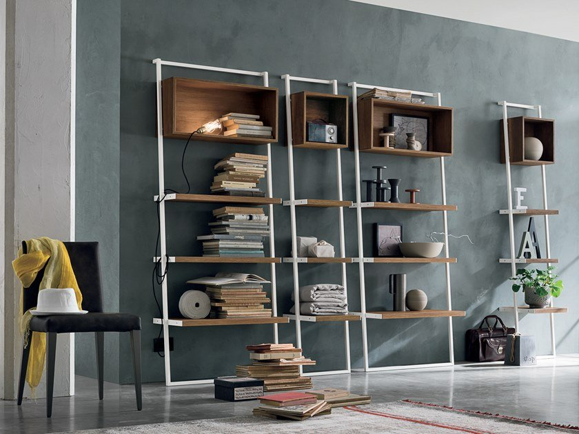 Wall-mounted bookcase MOVIDA by Gruppo Tomasella