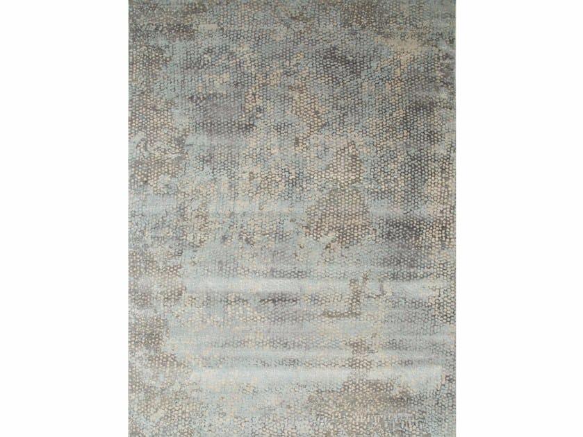 Handmade rug NAGA ESK-404 Classic Gray/Pearl Blue by Jaipur Rugs